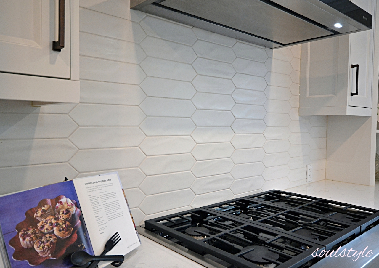 Custom Kitchen Matte White backsplash
