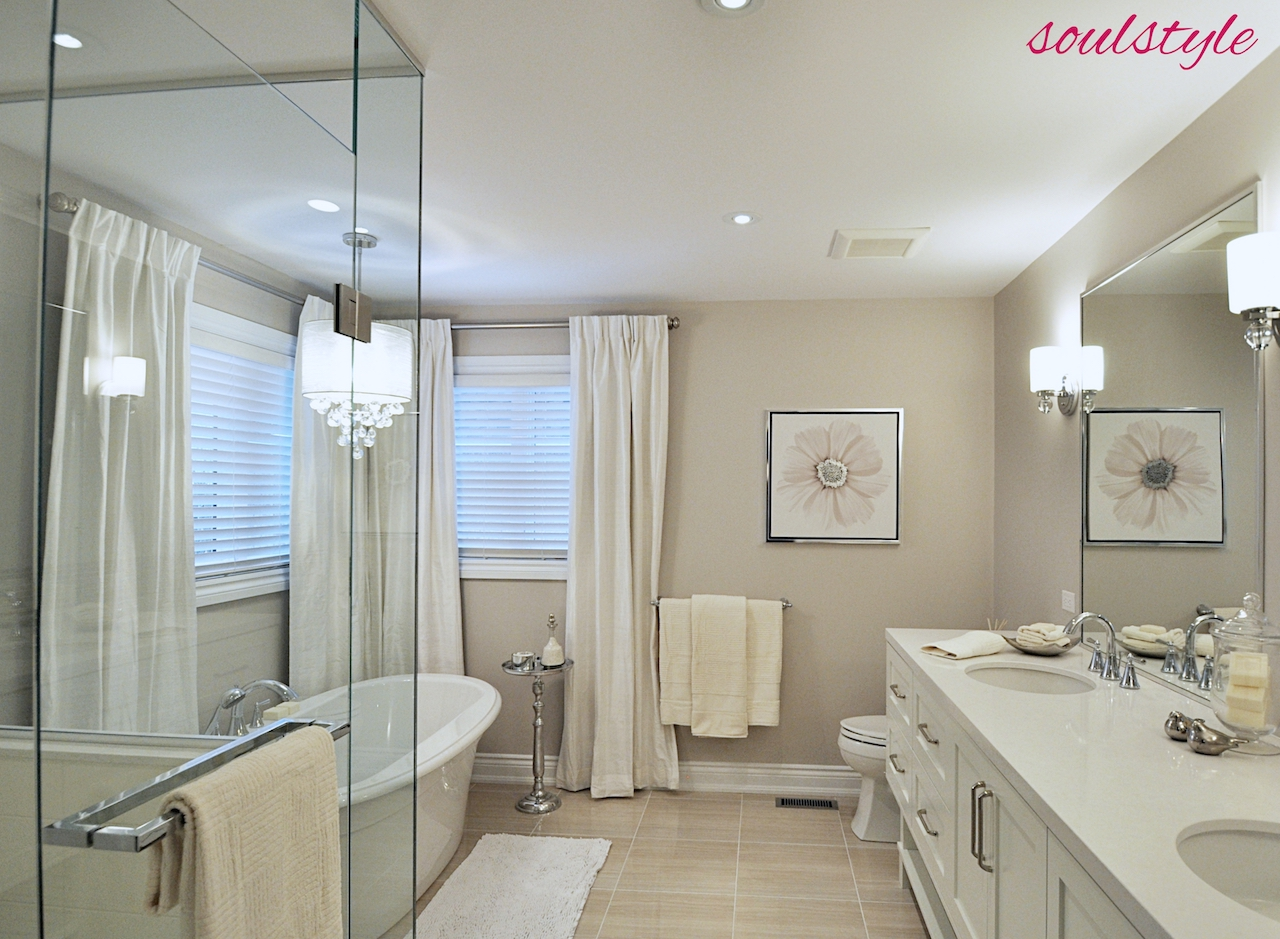 Elegant Neutrals Ensuite View 2