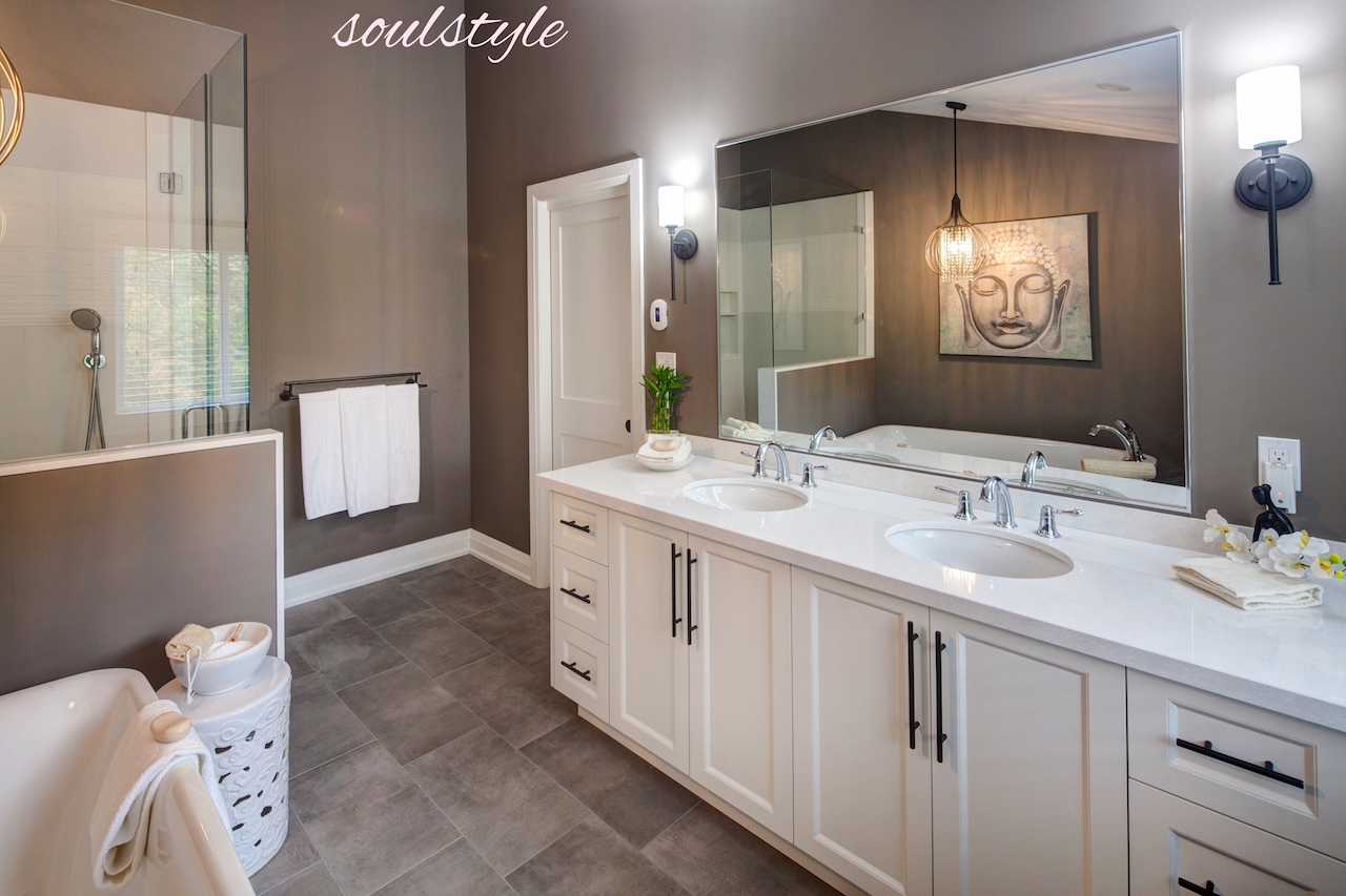 Ensuite Bath Custom Vanity Renovation Design