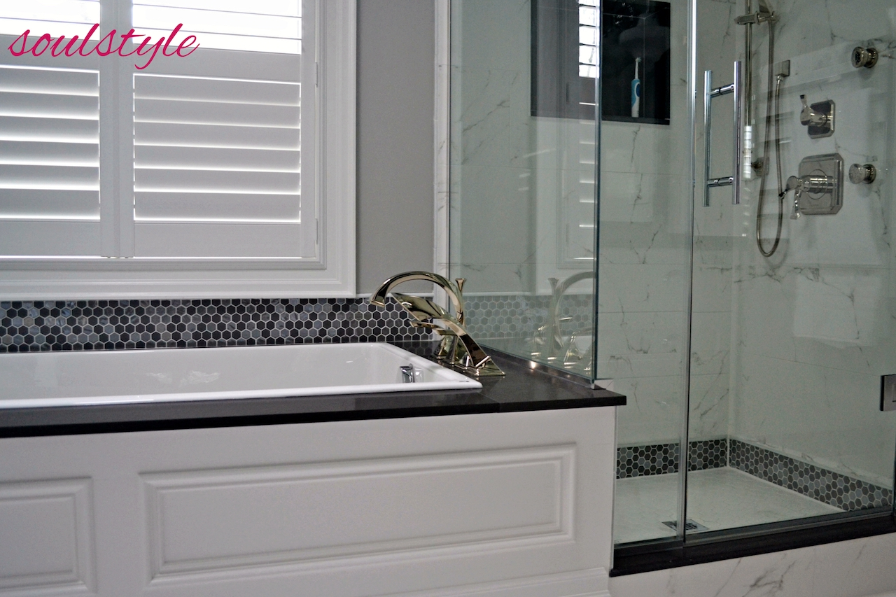 Ensuite Bath Soaker Tub & Shower Marble tile Hex TIle
