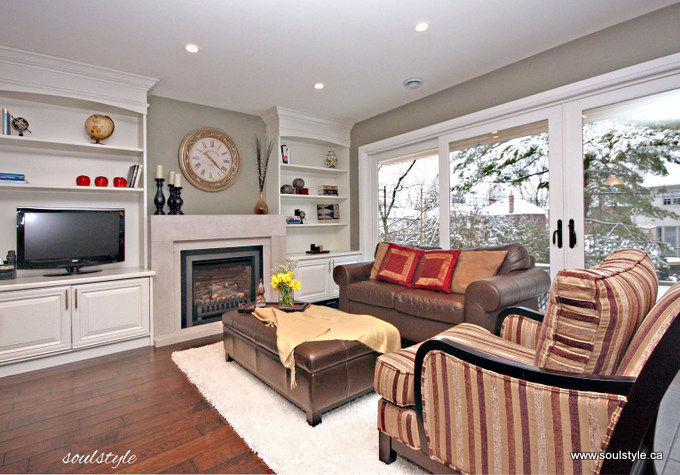 Staging vs decorating buyer psychology soulstyle for Family room v living room