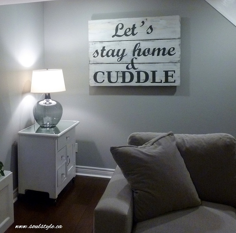 Wood sign Let's Stay home & Cuddle